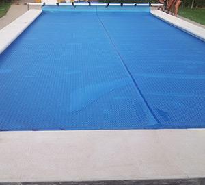 Fabricacion e instalacion de lonas de piscinas en madrid for Lonas para piscinas